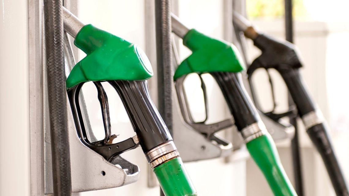 Спирт вместо бензина: В России создали альтернативное топливо для автомобилей