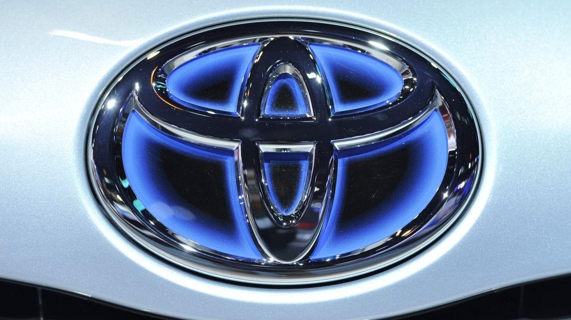 За что Toyota отказалась от Android в пользу  Apple CarPlay