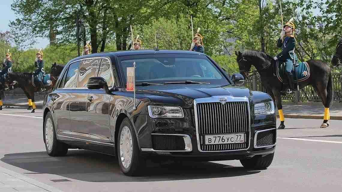 Президент России оценил новый лимузин «Кортеж»